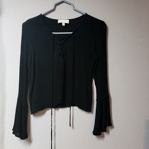 Kendall & Kylie black top with bell sleeves